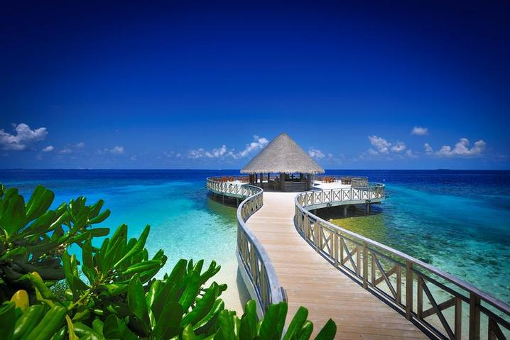 MALDIVES - Is there any place in the world more idyllic than Bandos Resort in the Maldives? (Image by Bandos Maldives)